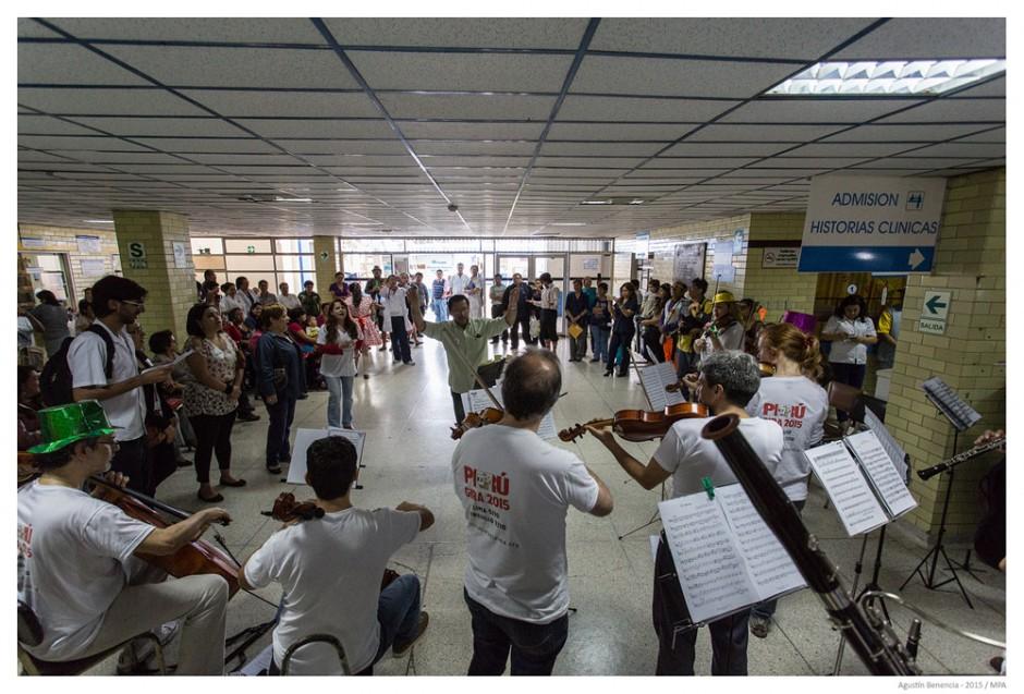 "Hospital ""Víctor Lazarte Echegaray"", Trujillo, Perú. Gira Internacional."