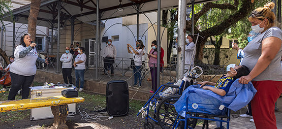 Hospital De Niños Dr. Ricardo Gutierrez, Ciudad De Buenos Aires. Novena Visita.